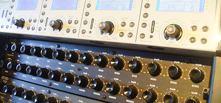 Recording, Mixing u. Pre Mastering im Traveller Studio
